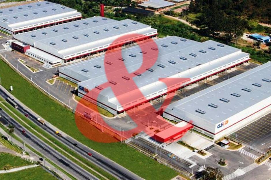 Locação galpão industrial Régis Bittencourt Embu